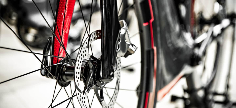 Ansicht einer Scheibenbremse am Rennrad